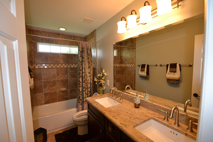 Bathroom remodeling and finishing contractor serving for Kitchen bathroom remodel